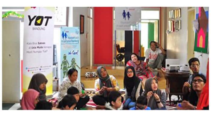 YOT Bandung - Kunjungan Yot Bandung Ke Ykakb