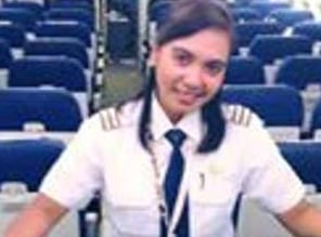 Sepenggal Kisah Pilot Wanita Pertama Dari Tanah Papua
