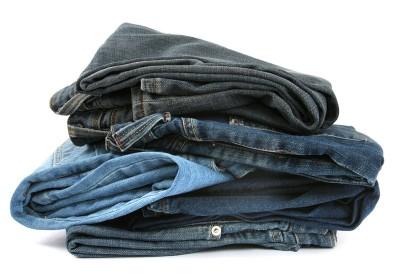 5 Tips Cara Mencuci Celana Jeans Agar Awet