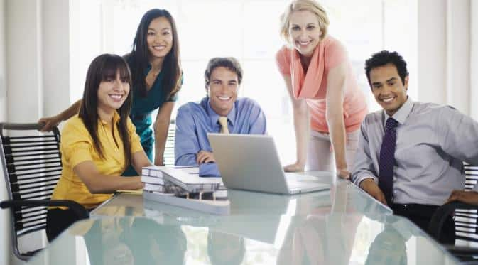 6 Gaya Miting ala Generasi Milenium Biar Cepat Jadi Bos