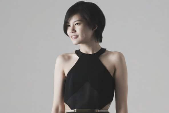 Designer Muda Indonesia yang Mendunia. Keren Banget! - Peggy Hartanto- Young On Top