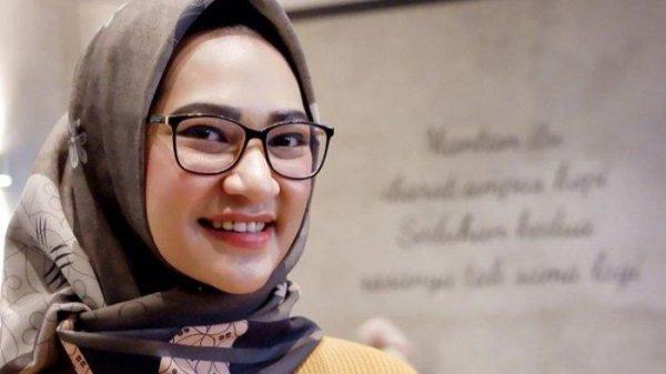 angkie yudistia - Yuk Kenalan Sama 7 Millennials Staf Khusus Presiden!