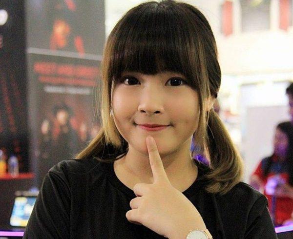 Donna Visca - Keren! Ini Dia Gamers Cewek Jagoan Indonesia!