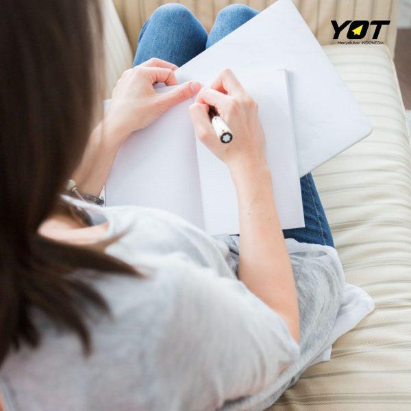 Suka Nulis Ini Dia 5 Manfaat Nulis untuk Kesehatan! young on top