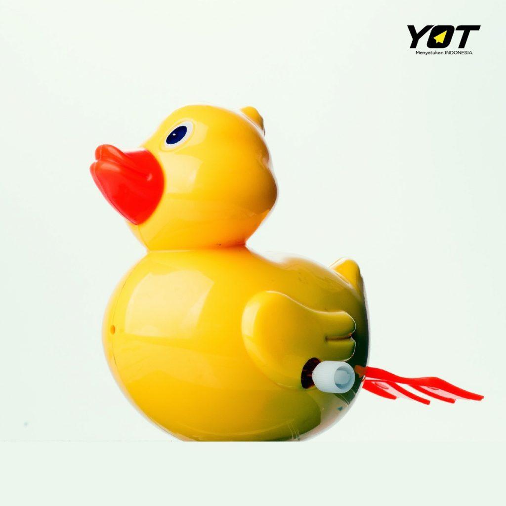 Mengenal Duck Syndrome, Gangguan Psikologis yang Rentan Terjadi di Usia Muda young on top