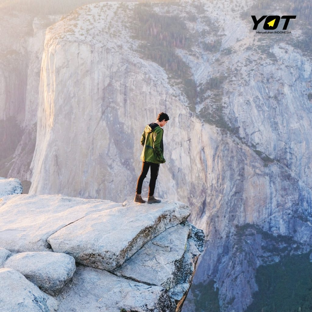 3 Penyebab Kenapa Kamu Masih Takut untuk Ambil Resiko young on top